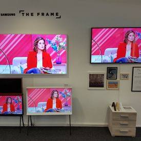 Showroom The Frame Samsung 2017 Mode TV
